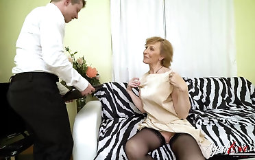 Hardcore grandma fuck hardcore forth handy horny youngster